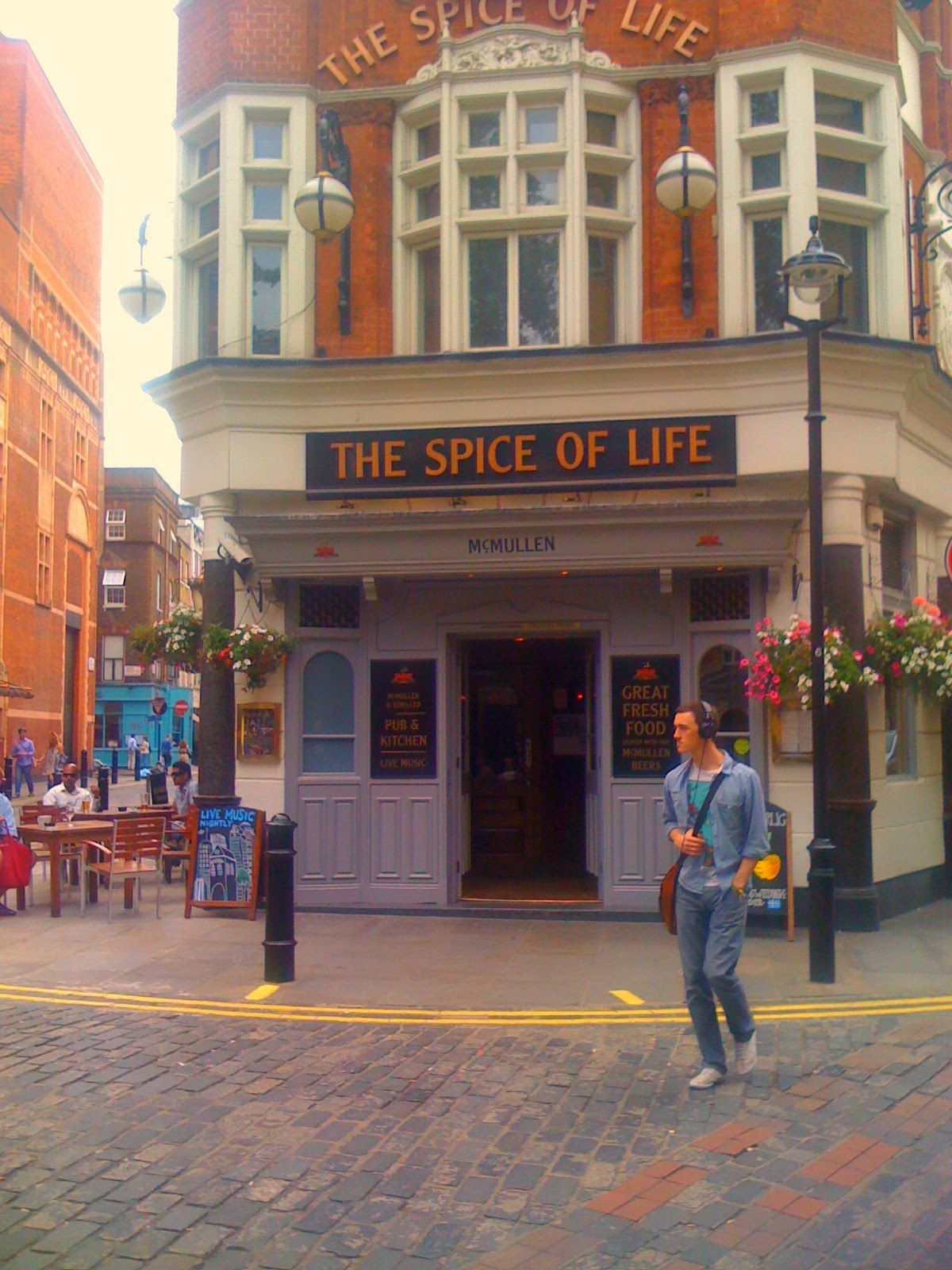 pub - spice of life